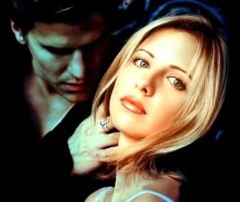 Den v seriálech: Buffy, Absentia, Elementary a další