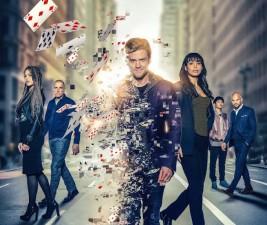 Seriálové osudy: Crossing, Inhumans, Deception a další