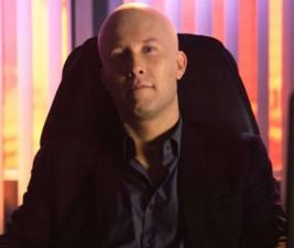 Den v seriálech: Manifest, Grimm a Lex Luthor