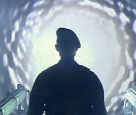 Roland Emmerich znovu otevře Hvězdnou bránu!