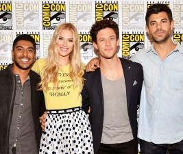 Comic-Con 2017: Stitchers