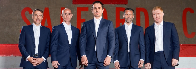 Class of '92: Out of Their League (Class of '92: Out of Their League) — 1. série