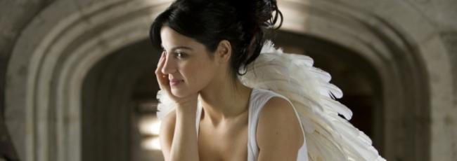 Nespoutaný anděl (Cuidado con el ángel)