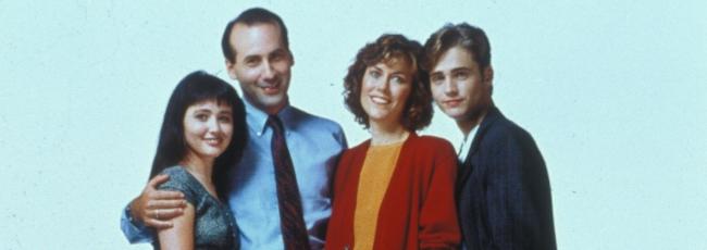 Beverly Hills 90210 (Beverly Hills 90210) — 1. série