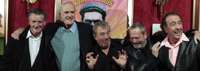 Monty Python: Málem pravda (Monty Python: Almost the Truth ) — 1. série